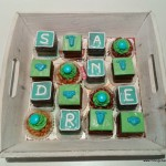 petit fours desserttafel minigebakjes blauw groen