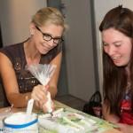 workshop vrijgezellen bruidstaart rolfondant bloemen stapeltaart origineel leuk